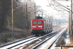 Locomotora alemana en invierno Fotos de archivo
