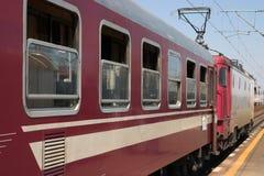 Locomotora con el tren Imagen de archivo libre de regalías