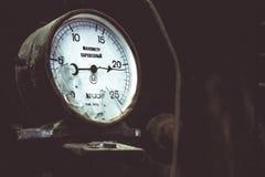 Locomotora de Manometr un mecanismo para medir foto de archivo