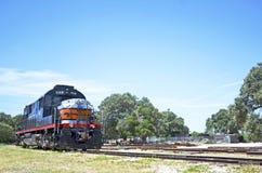 Locomotora de vapor en las pistas en Austin, Tejas imagenes de archivo
