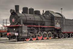 Locomotora de vapor negra con la estrella roja Imagen de archivo libre de regalías