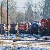 Locomotora del carril del NC en yarda del tren Foto de archivo