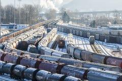 Locomotora en yarda del tren Imágenes de archivo libres de regalías