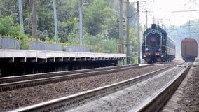 Locomotora soviética vieja