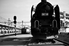 Locomotora vieja imagenes de archivo