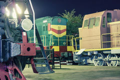 Locomotoras en la estación Foto de archivo libre de regalías