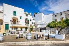 Locorotondo, Puglia, Italië stock foto's