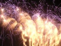 Locuras del fuego artificial. Foto de archivo libre de regalías