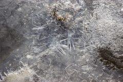 Lodów wzory na zamarzniętej rzece Obraz Stock