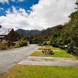 lodge Новая Зеландия ледника лисицы стоковые изображения rf