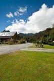 lodge Новая Зеландия ледника лисицы стоковая фотография rf