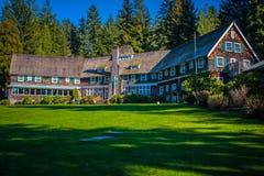 Lodge at any Lake Royalty Free Stock Images