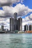 Lodlinje av den Detroit horisonten Fotografering för Bildbyråer