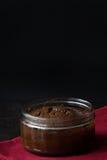 Lodlinje för bakgrund för chokladSouffle mörk Royaltyfri Bild