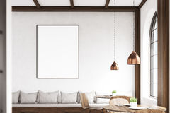 Lodlinje inramad affisch på en kafévägg, grå färg Fotografering för Bildbyråer