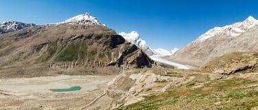 Lodowa i góry jeziora panorama Obraz Stock