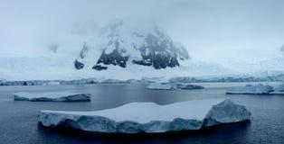 lodowaty Antarctica krajobraz Zdjęcie Stock