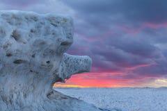 Lodowe formacje na Jeziornym Huron przy zmierzchem - Ontario, Kanada Fotografia Stock