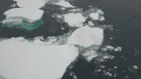 Lodowego floe widok od statku w oceanie Antarctica zbiory