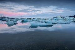 Lodowiec laguna w wschodnim Iceland - panorama Obrazy Royalty Free