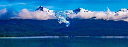 Lodowiec Szczytowa panorama zdjęcia royalty free
