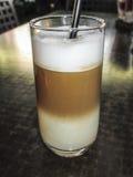 Lodowy latte szkło Zdjęcia Royalty Free