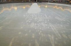 Lodowy lodowisko w mieście fotografia royalty free