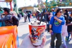 Lody filiżanka Przy Disneyland Hong Kong Zdjęcia Stock