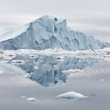 Lody i góry lodowa biegunowi regiony ziemia Obraz Stock