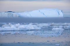 Lody i g?ry lodowe zdjęcie royalty free