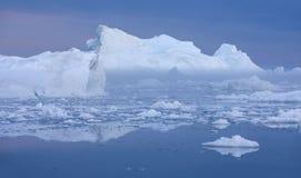 Lody i g?ry lodowe obrazy royalty free