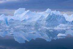 Lody i g?ry lodowe zdjęcie stock