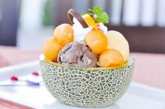 Lody i melon w melonowej skórze Obraz Royalty Free