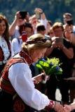 LOEN NORGE -, MAY 20 2017: Drottning Sonja av Norge på openinen Royaltyfri Bild