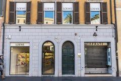 Loewe shoppar i Rome, Italien arkivfoton
