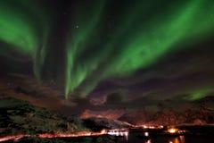 Lofoten海岛北极光-极光Borealis挪威 免版税图库摄影