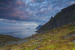 Lofoten-Landschaftsansicht in Sonnenuntergang Lizenzfreie Stockbilder