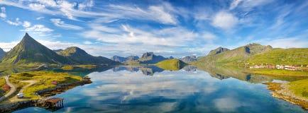 Lofoten lata krajobrazu panorama Obrazy Royalty Free