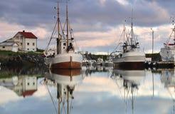 lofoten segelbåtar Arkivbilder