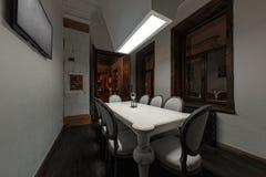 Loft el estilo que el acero preside en barra en el café y el restaurante Imagen de archivo libre de regalías