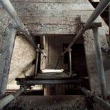 Loft med stegen arkivbild