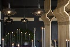 Loft stylowej wiszącej drucik lampowej żarówki dekoraci rocznika starego mod Obrazy Stock
