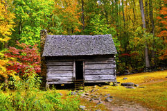 Log Cabin in Fall Royalty Free Stock Photos
