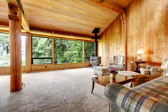 Log cabin living room Royalty Free Stock Photos