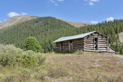 Log cabin in old mining town Royalty Free Stock Photography