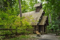 Log Chapel In The Woods Royalty Free Stock Photography