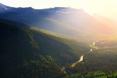 Logan Creek en el Parque Nacional Glacier Imagen de archivo libre de regalías