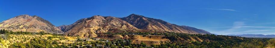 Logan Valley-Landschaftsansichten einschließlich Bezirkstädte Wellsville Gebirgs-, Nibley, Hyrum, Providence und Colleges, Haus d lizenzfreie stockbilder