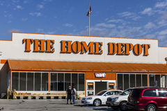 Logansport - Circa October 2016: Home Depot Location. Home Depot is the Largest Home Improvement Retailer in the US IV Royalty Free Stock Images
