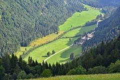 Logar dal eller Logarska dolina, Slovenien, Europa Resor fotografering för bildbyråer